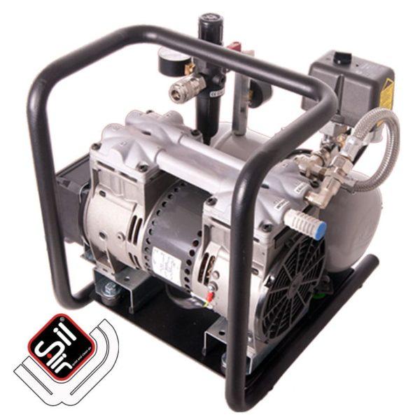 tragbarer Kompressor mit einem MDR2 Druckschalter, einem Druckregler mit Filtereinheit aus Metall, 1 Motor und einem liegenden Drucklufttank in grau.