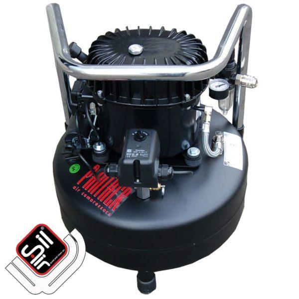 tragbarer Kompressor mit einem MDR 2 Druckschalter, einem Druckregler mit Filtereinheit aus Metall, 1 Motor auf einem stehenden Drucklufttank in schwarz.